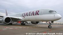 Archivbild Qatar Airways Airbus A350 Flugzeug