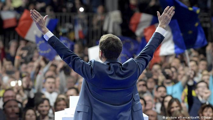 Frankreich Macron will verstärkten Kampf gegen Terror (picture alliance/dpa/M. Ollivier)