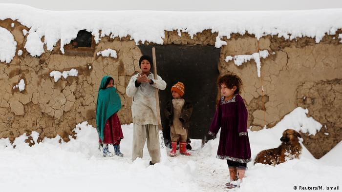 Afghanistan Winter & Schnee in Kabul | Kinder, Binnenflüchtlinge