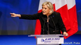 Ο κίνδυνος να επικρατήσει η Μαρίν Λεπέν στις γαλλικές προεδρικές εκλογές επιτάσσει στροφή προς την ανάπτυξη, σημειώνει η Welt