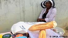 Gabun Librevile Sandwich-Verkäuferin
