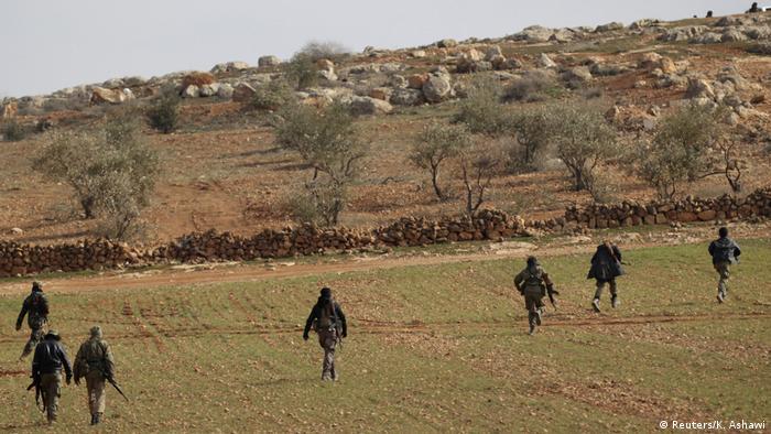 Syrien Al-Bab Regierungskräfte (Reuters/K. Ashawi)