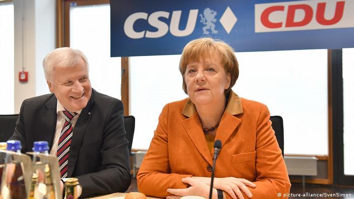 Ангела Меркель и председатель ХСС Хорст Зеехофер