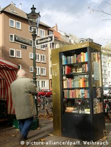 Deutschland | Offene Bücherschränke (picture-alliance/dpa/R. Weihrauch)
