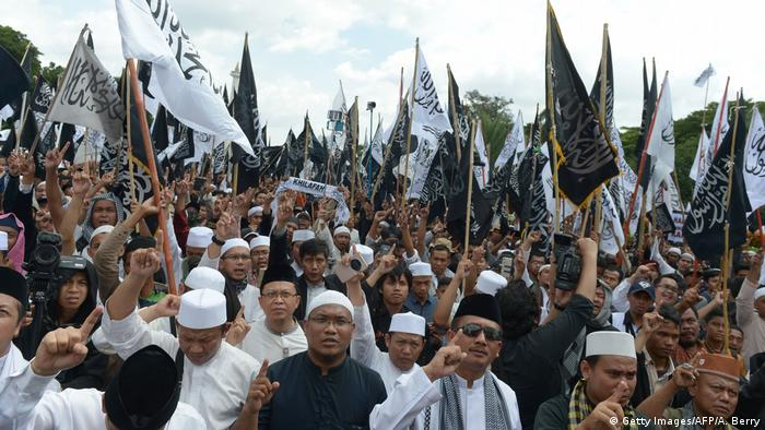 Indonesien   Proteste in Jakarta (Getty Images/AFP/A. Berry)