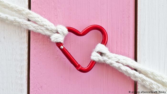 Liebeskummer Karabiner in Herzform