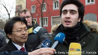 Facebook-Prozess in Würzburg - Anas Modamani (Getty Images/AFP/T. Kienzle)