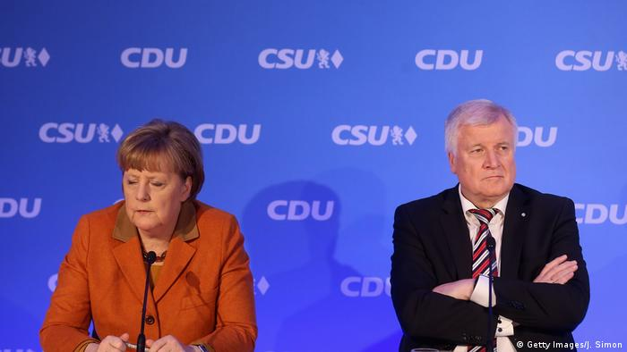 Angela Merkel und Horst Seehofer (Getty Images/J. Simon)