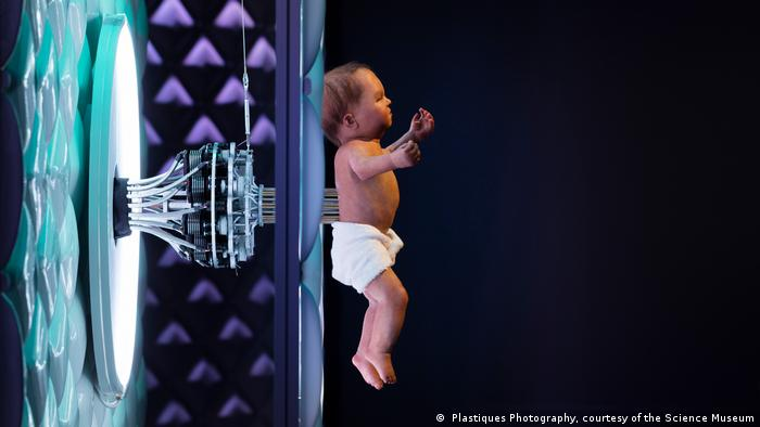 Robots Ausstellung, Science Museum in London ( Plastiques Photography, courtesy of the Science Museum)
