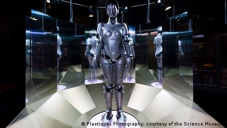 Robots exhibition, Science Museum in London (Plastiques Photography, courtesy of the Science Museum)