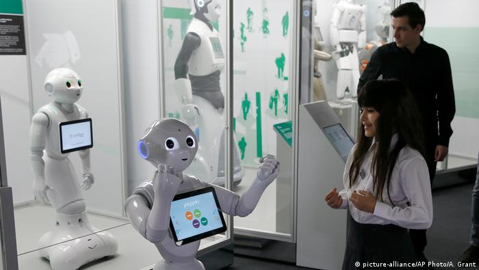 Robots Ausstellung, Science Museum in London (picture-alliance/AP Photo/A. Grant)