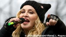 USA Madonna beim Women's March in Washington