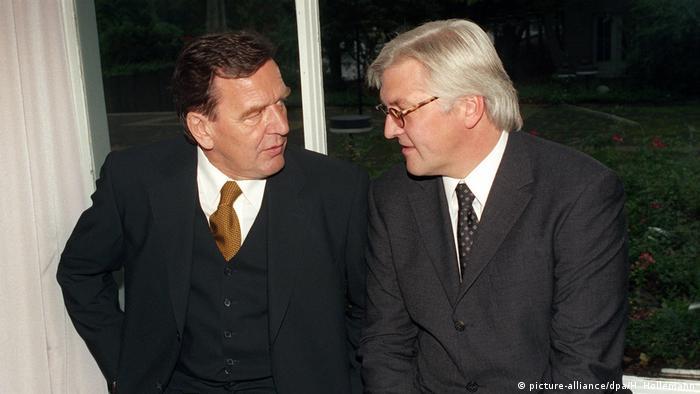 Ґергард Шредер та Франк-Вальтер Штайнмаєр у Ганновері - 1998 рік