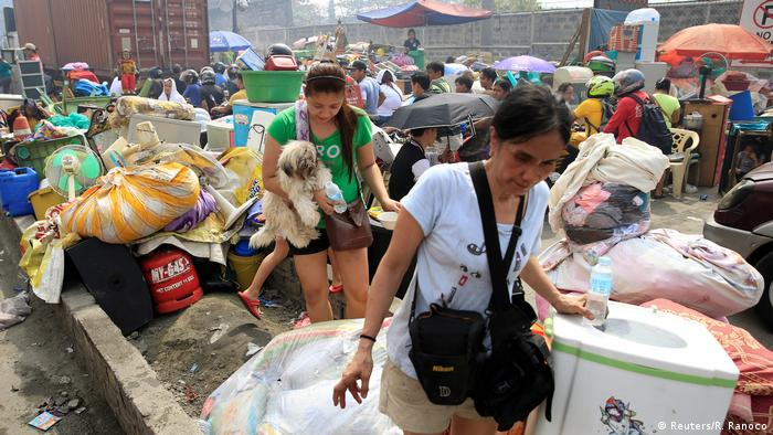 Philippinen Manila Großbrand Überlebende (Reuters/R. Ranoco)