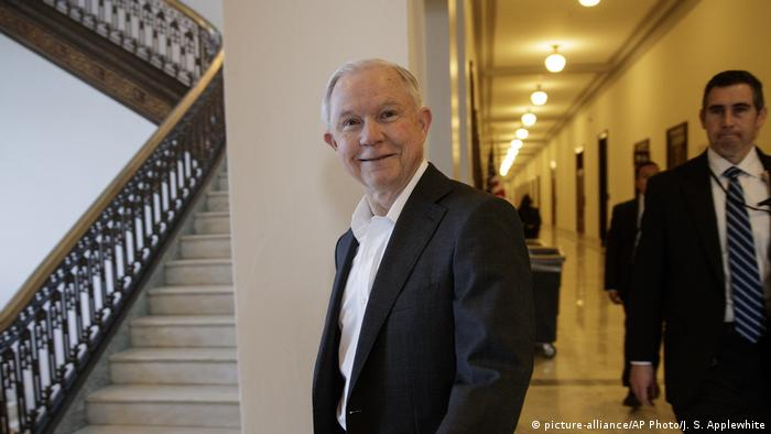 USA Jeff Sessions in Capitol Hill (picture-alliance/AP Photo/J. S. Applewhite)