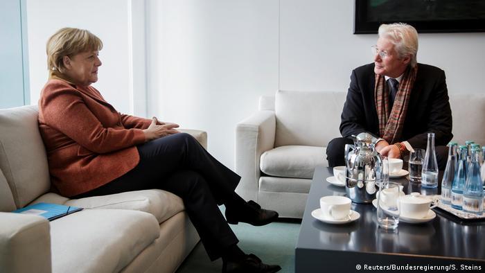 Berlin Richard Gere und Angela Merkel BdT mit Deutschlandbezug (Reuters/Bundesregierung/S. Steins)