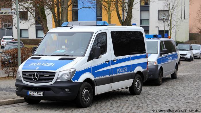Zwei Salafisten in Göttingen festgenommen (picture-alliance/dpa/S. Rampfel)