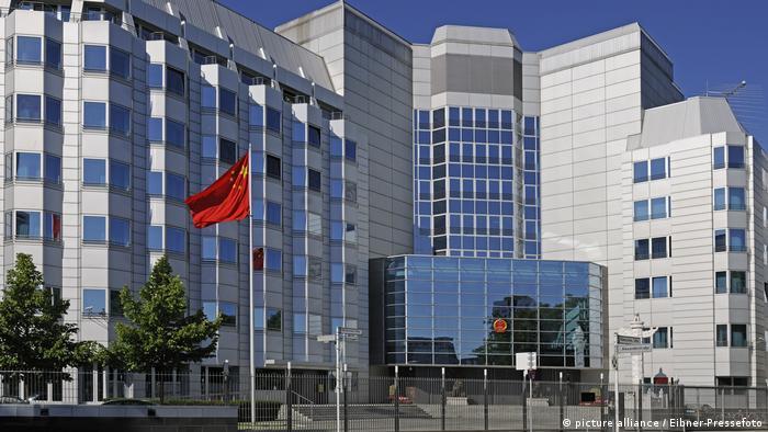 Deutschland | Botschaft der Volksrepublik China in Berlin (picture alliance / Eibner-Pressefoto)
