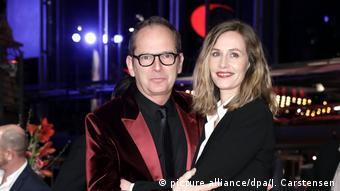 O σκηνοθέτης της ταινίας «Django» Ετιέν Κομάρ μαζί με την συμπρωταγωνίστρια Σελίλ ντε Φρανς