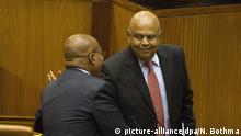 Südafrikas Finanzminister Minister Pravin Gordhan (rechts) und Präsident Jacob Zuma