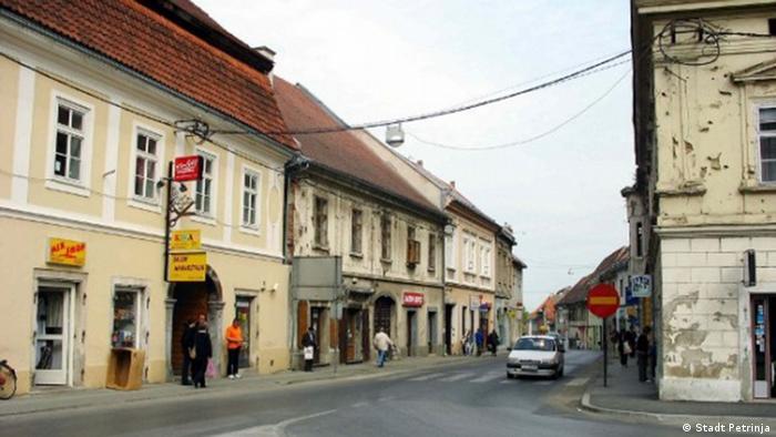 Kroatien Stadt Petrinja Stadtansicht