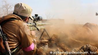 Όσον αφορά τον πόλεμο στη Συρία, η Δύση μένει στο ρόλο του παρατηρητή, επισημαίνει η έκθεση.