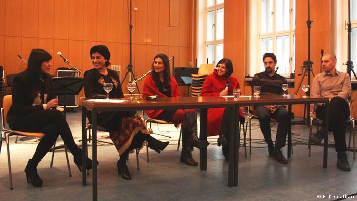 Deutschland Köln - Musikwissenschaftliche Diskussion in der Universität Köln (F. Khalatbari)