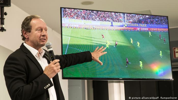 Ex-Schiedsrichter und Mitglied des Projektteams Hellmut Krug (picture alliance/dpa/F. Rumpenhorst)