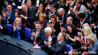 Berlin Wahl des Bundespräsidenten Steinmeier Applaus