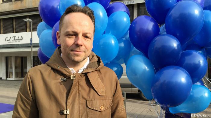 Frankfurt Pulse Pro-Europa-Demo Daniel Röder (DW/V. Kern)