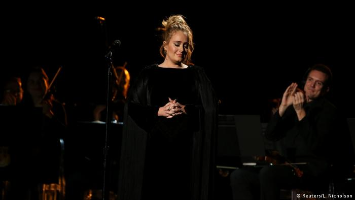 Grammy Awards 2017 in Los Angeles | Adele, Tribute to George Michael (Reuters/L. Nicholson)