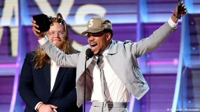 Chance the Rapper at the Grammy Awards 2017 (Reuters/L. Nicholson)