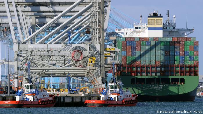Pelabuhan peti kemas Rotterdam, Belanda