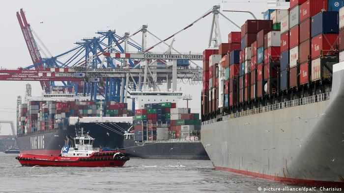 Containerhafen von Hamburg (picture-alliance/dpa/C. Charisius)