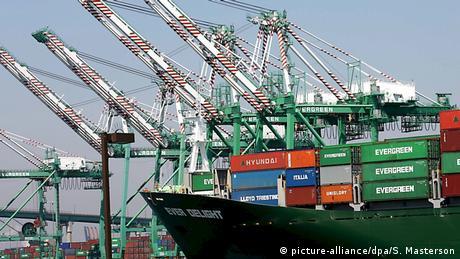 Containerhafen von Los Angeles (picture-alliance/dpa/S. Masterson)