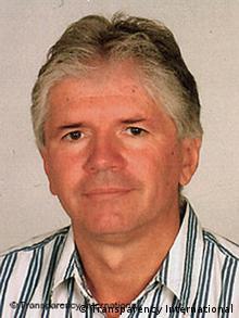 میکلوش مارشال، یکی از مدیران ارشد سازمان شفافیت جهانی