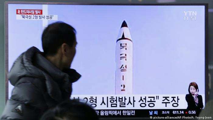 Nordkorea Raketentest (picture-alliance/AP Photo/A. Young-Joon)