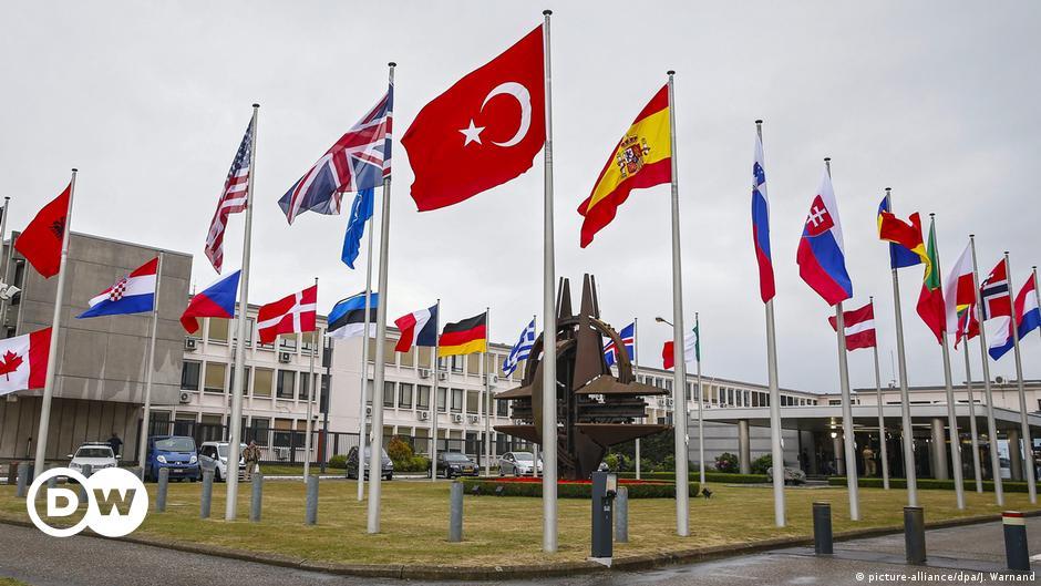 """NATO'dan """"birimiz hepimiz için"""" mesajı"""