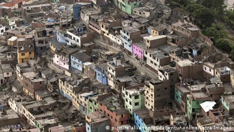 Peru Lima Slumgebiet (picture-alliance/Bildagentur-online/Tetra-Images)