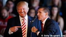 USA Donald Trump mit Michael Flynn im Wahlkampf