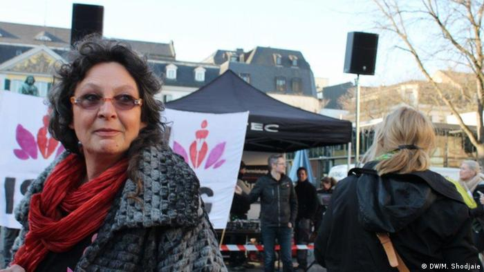ماریتا هوشایت، یکی از برگزارکنندگان مراسم رقص اعتراضی