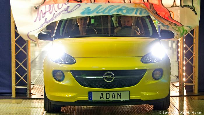 Deutschland Opel Adam (Getty Images/AFP/R. Michael)