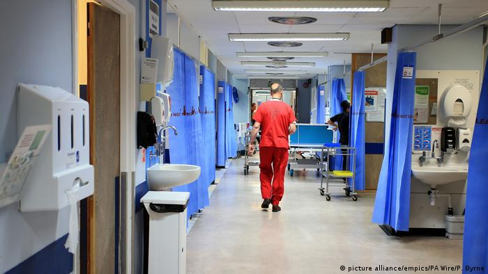 England NHS Notaufnahme (picture alliance/empics/PA Wire/P. Byrne)