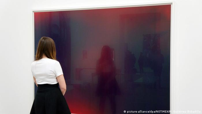 Wolfgang Tillmans at Tate Modern (picture-alliance/dpa/NOTIMEX/M. Gutiérrez Bobadilla)