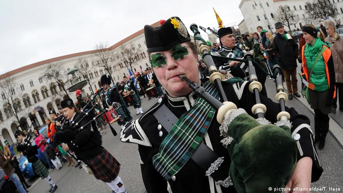 Deutschland St. Patrick's Day Parade in München (picture alliance/dpa/T. Hase)
