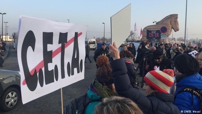 Frankreich CETA Protest in Straßburg (Archivfoto: DW/B. Wesel)