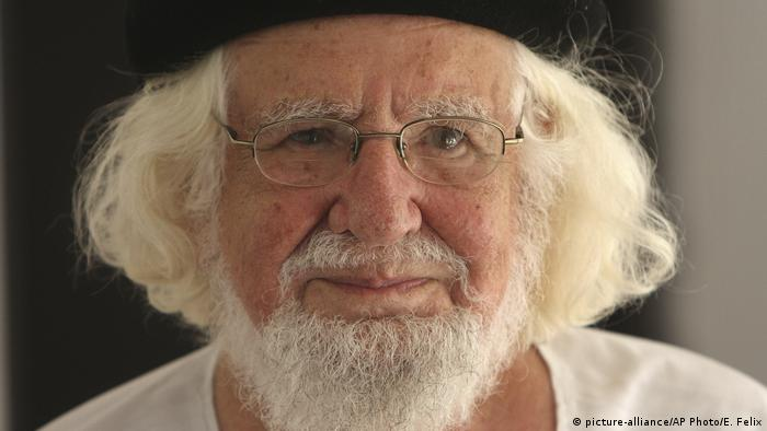 Ernesto Cardenal Dichter und Priester (picture-alliance/AP Photo/E. Felix)