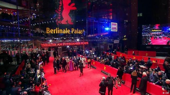 Der Berlinale Palast am Abend