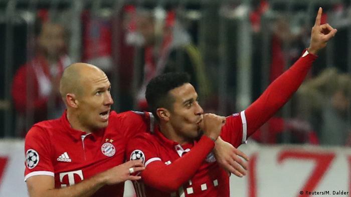 UEFA Champions League | FC Bayern München v Arsenal FC Torjubel Thiago 3:1