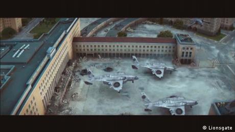 Στην ταινία «Αγώνες Πείνας: Επανάσταση Μέρος 1» το κτήριο του αεροδρομίου Τέμπελχοφ εντάσσεται αρμονικά στον φανταστικό κόσμο της χώρας Πάνεμ. Σε τμήμα του αεροδρομίου «τοποθετήθηκε» το στρατόπεδο επαναστατών District 1. Στην ταινία η κεντρική αίθουσα του παλιού αεροδρομίου εμφανίζεται σαν να έχει υποστεί μεγάλες ζημιές.